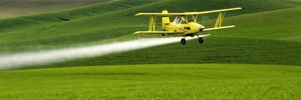 avion-fumigando
