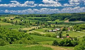 vlozheni 33 milioni evra za modernizacija i olesnuanje na zhivotot na selo