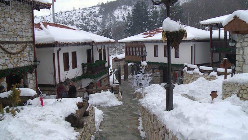 makedonsko selo magnet za domashnite gosti i stranskite turisti